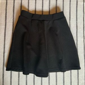 Girls Black Textured Skirt - Girls Size S/M